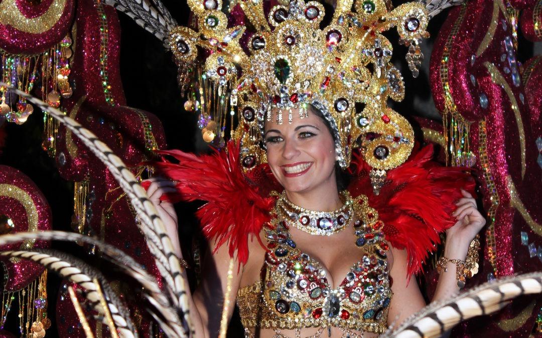 Carnaval 2014 – CABALGATA ANUNCIADORA – Santa Cruz de Tenerife